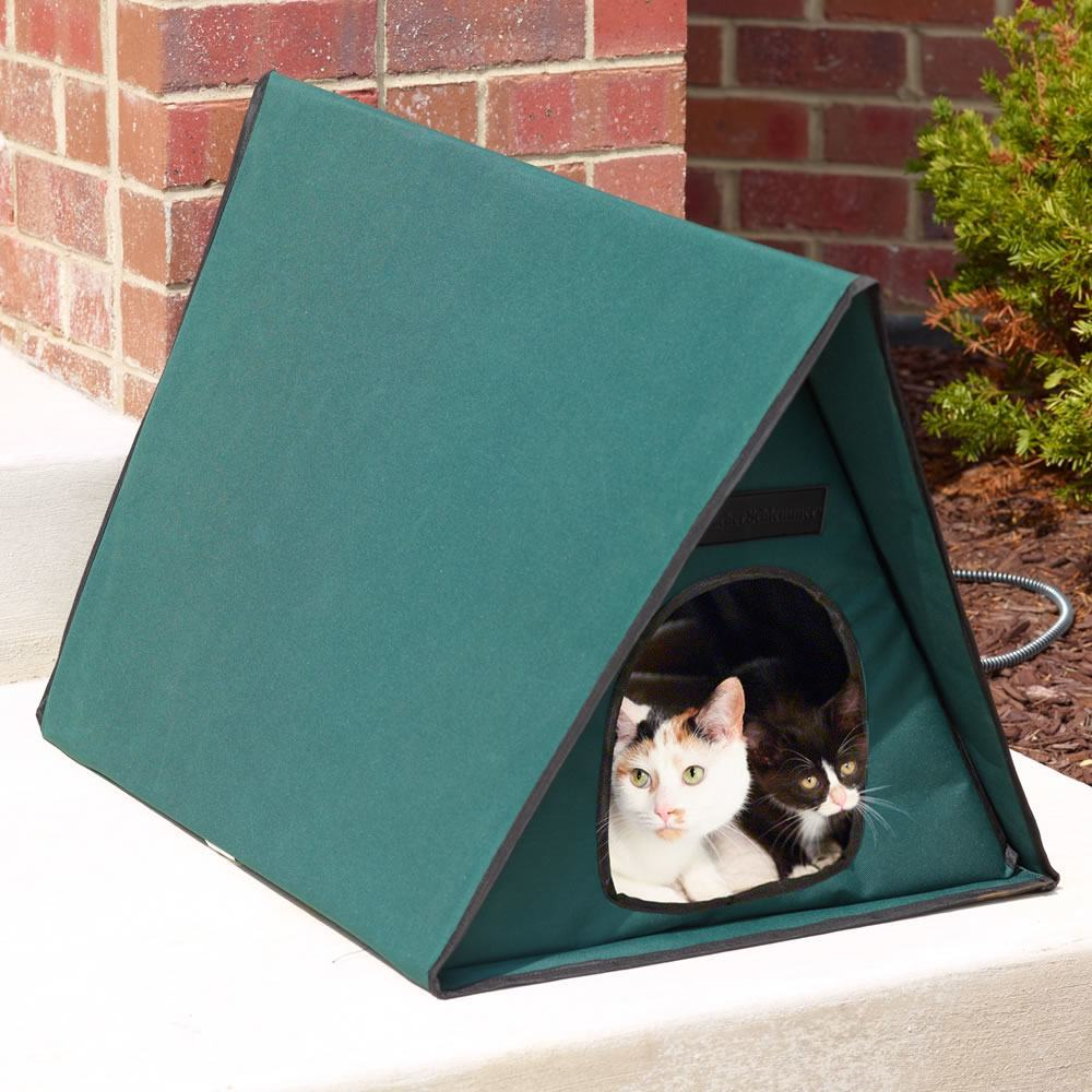Outdoor Heated Cat Shelter Keep Your Pets Dry And Warm
